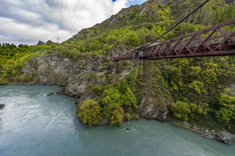 The Best Bungee Jumping Routes in the World